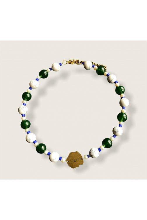 Tri color glass bead Wasabi...